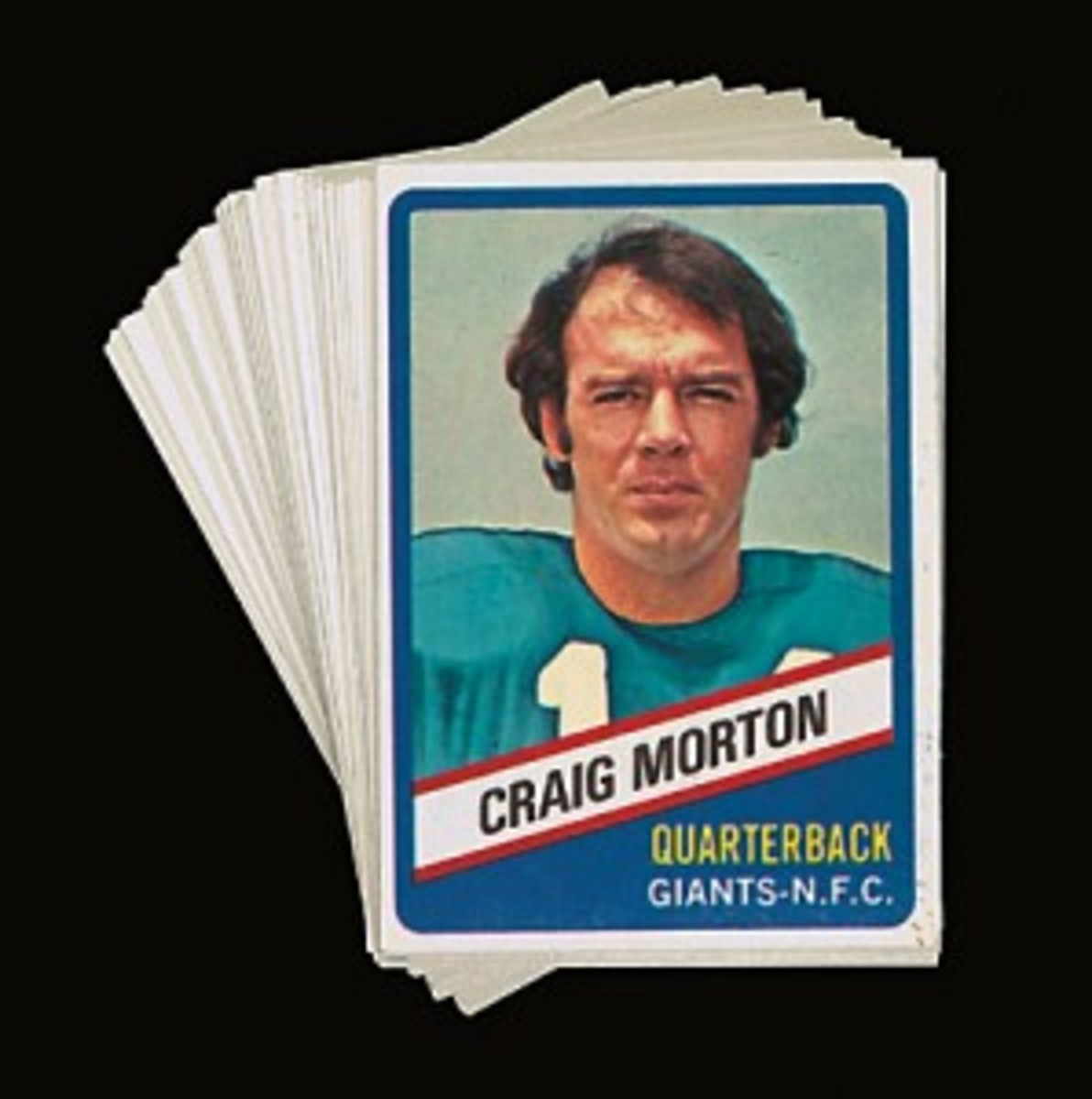 By far, the most abundant Wonder Bread football cards come from the 1976 issue.