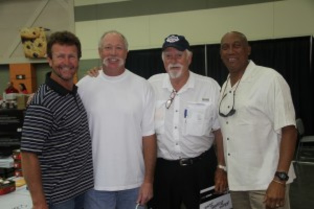 Not a bad Hall of Fame lineup (from left): Robin Yount, Goose Gossage, Gaylord Perry and Fergie Jenkins. All of these players signed on the same day, making for a great chance to fill out multi-signed Hall of Fame collectibles.