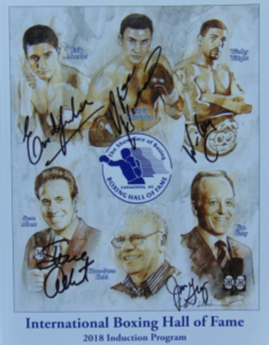 A 2018 International Boxing Hall of Fame Induction Program signed by the five living members in attendance. (Robert Kunz photo)