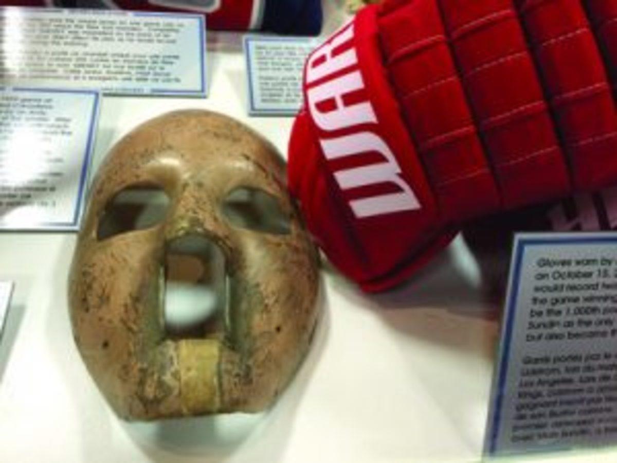 A 1959 goaltender mask. (Paul Post photos)