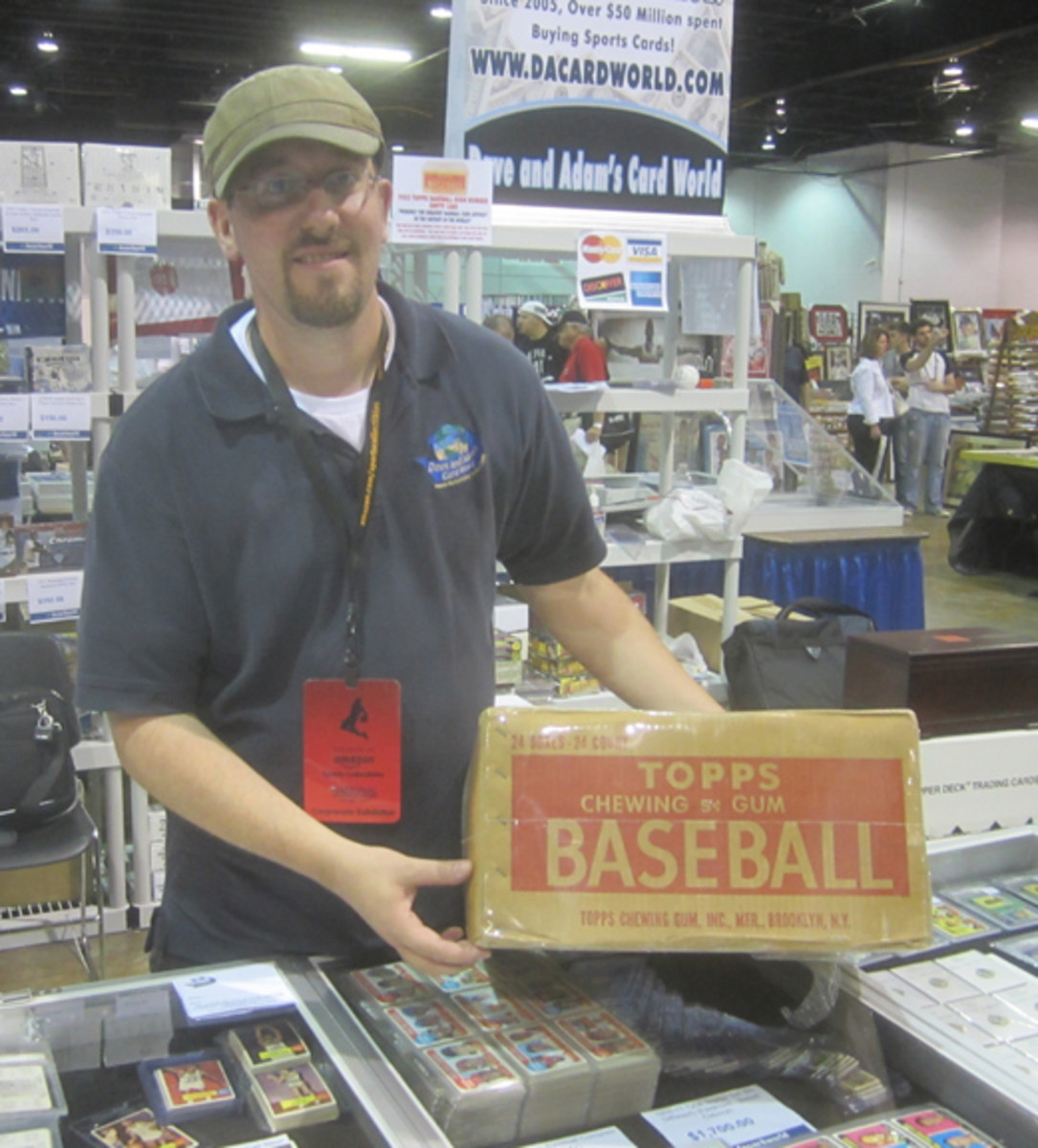 Dave and Adam's Card World displayed the empty case in which Al Rosen found the 1952 Topps high numbers in 1986.