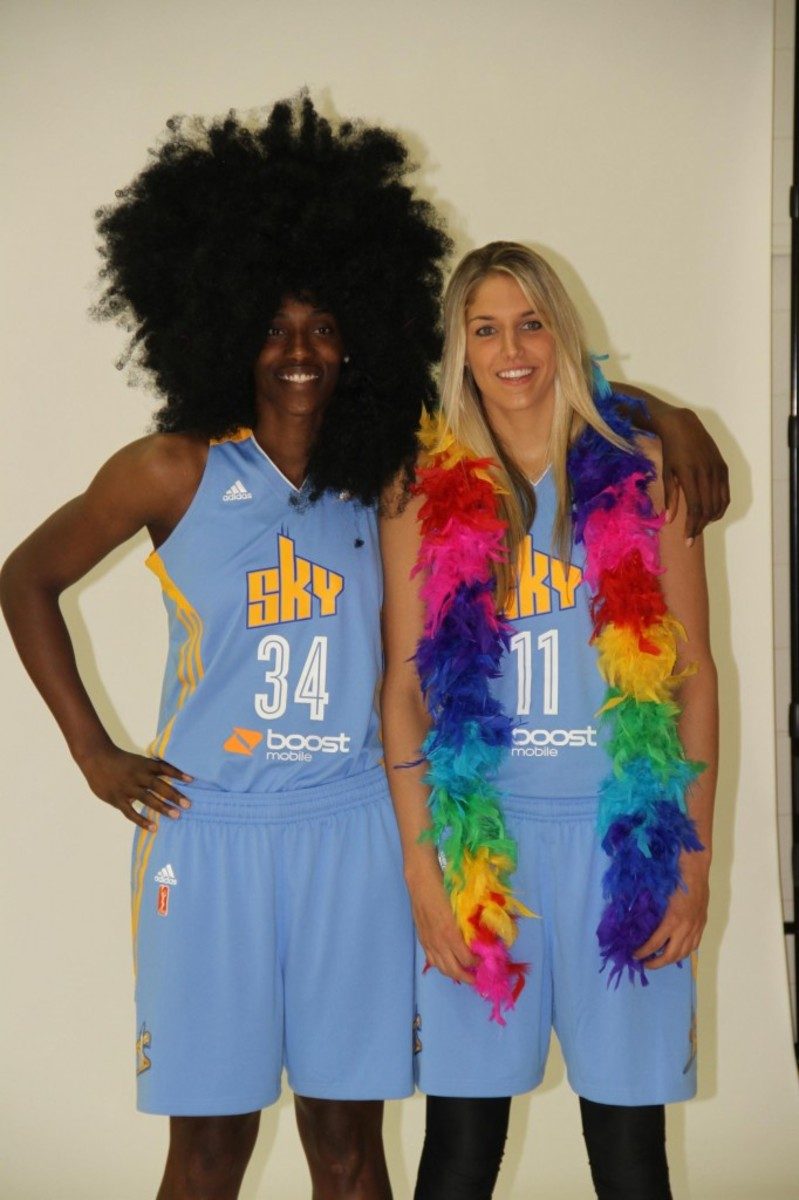 Fowles and teammate Elena Dell Donne.