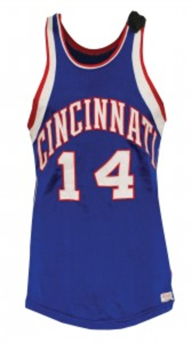 Feb. 16, 1962 Oscar Robertson Cincinnati Royals game-used road jersey; Hall of Fame LOA. Grey Flannel Auctions image.
