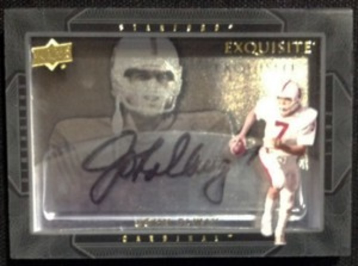 2011-Exquisite-Collection-Football-Autograph-Dimensions-John-Elway