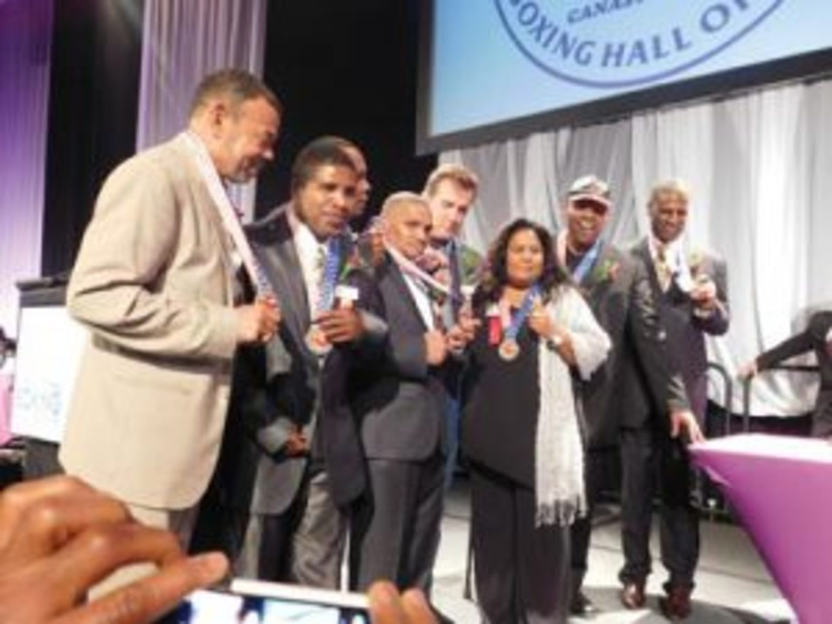 The 1976 United States Olympic boxing team was recognized for its 40th anniversary at the International Boxing Hall of Fame ceremony over the summer. (Photo by Robert Kunz)