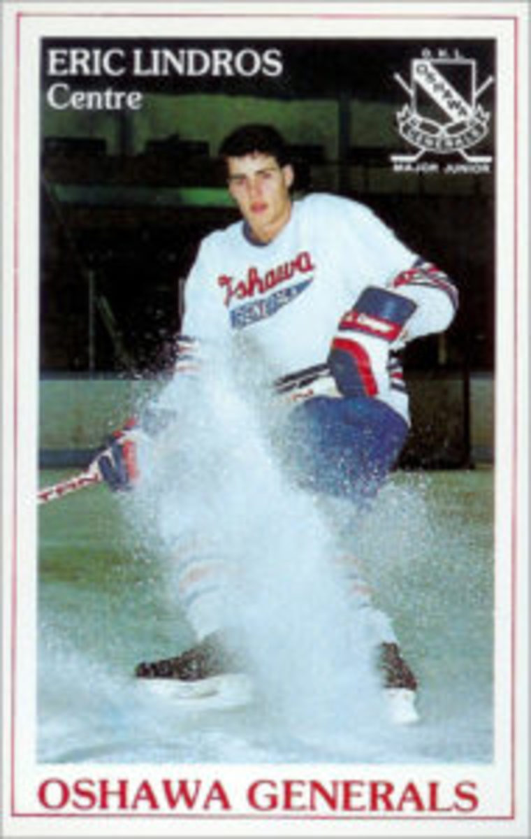 The first trading card featuring Eric Lindros was issued by the Oshawa Generals in 1989-90.