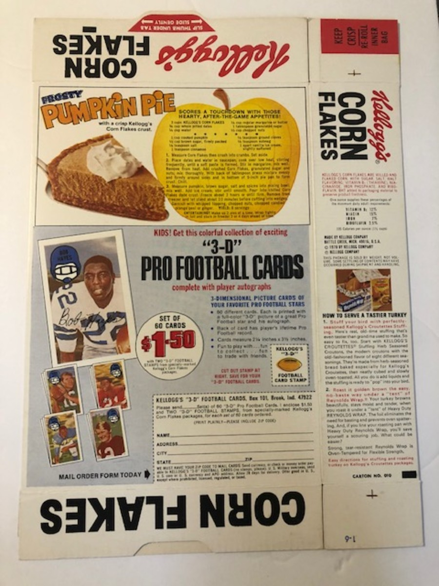 3.1970KelloggsCornflakesbox3Dfootballbackpanelwithpumpkinpie