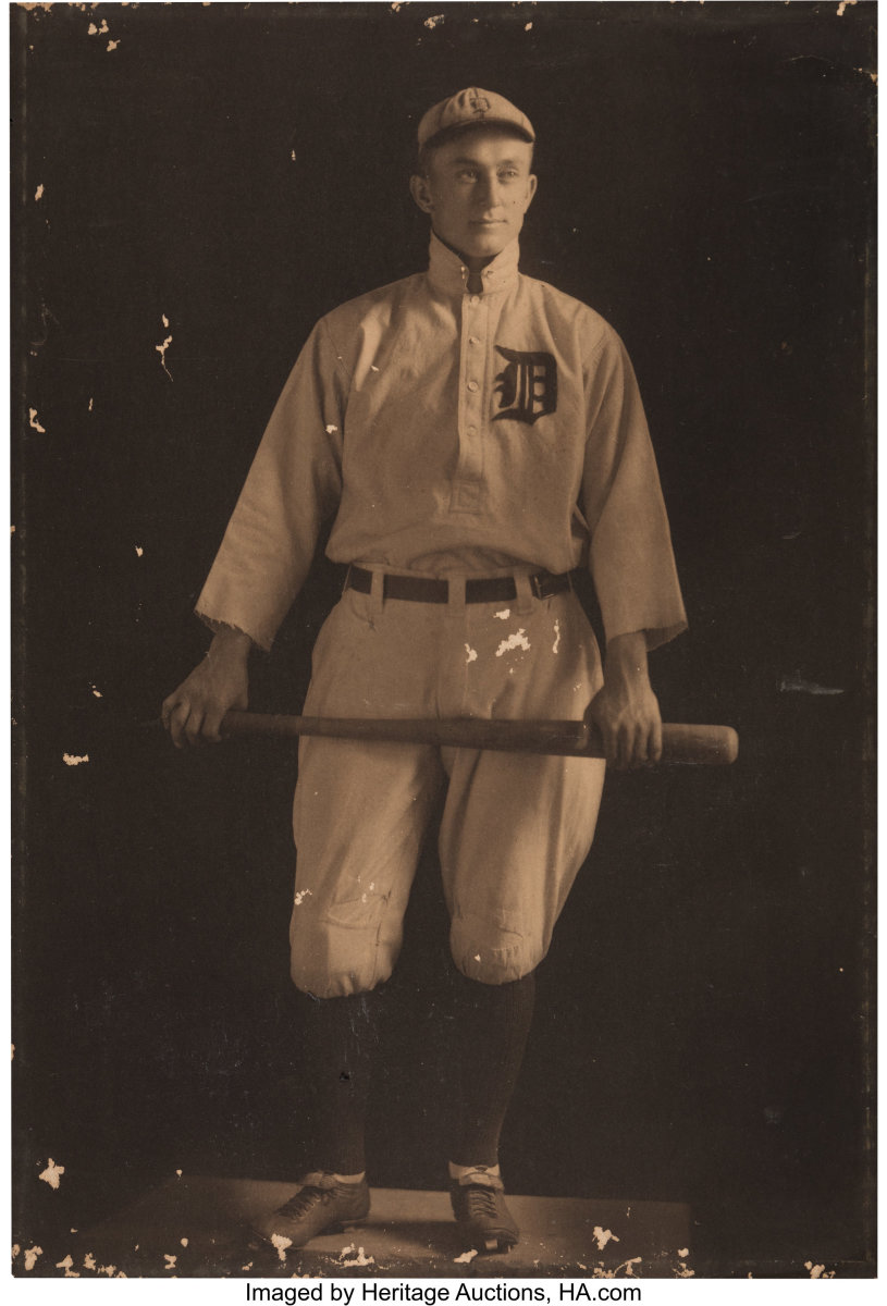 1912-13 Ty Cobb Original Oversized Photograph_Heritage_Auctions