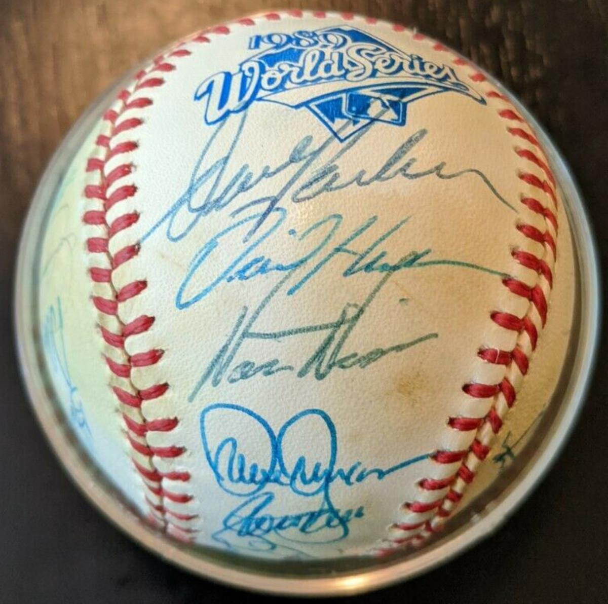 3A—oa-1989-oakland-world-series-ball-mcgwire-parker