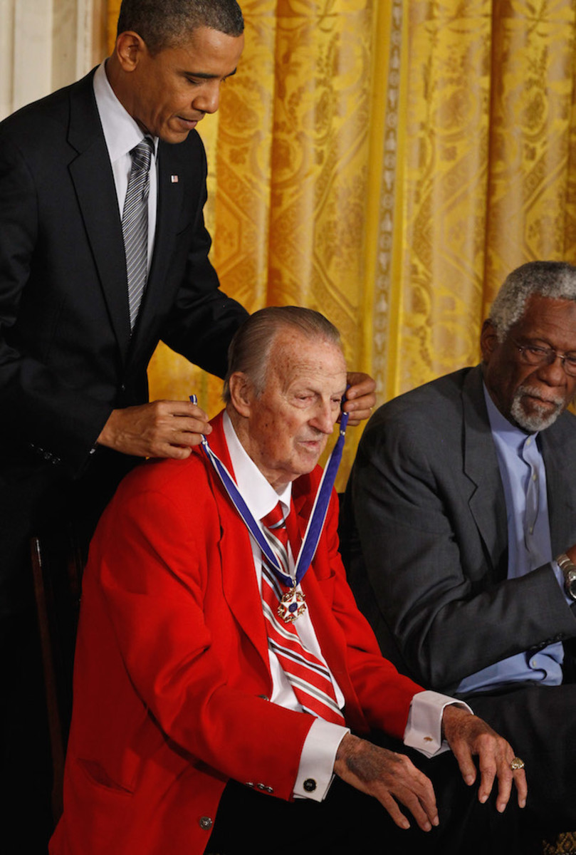 In 2010, Musial received the Medal of Freedom from President Obama at the White House. Photo: Chip Somodevilla/Getty Images
