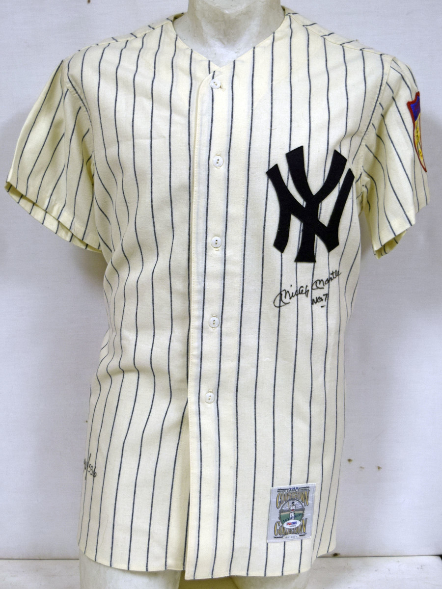 mantle jersey signed