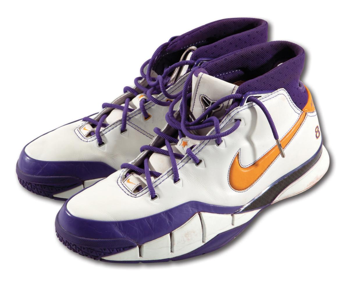 Kobe-2006-game-sneakers-SCP