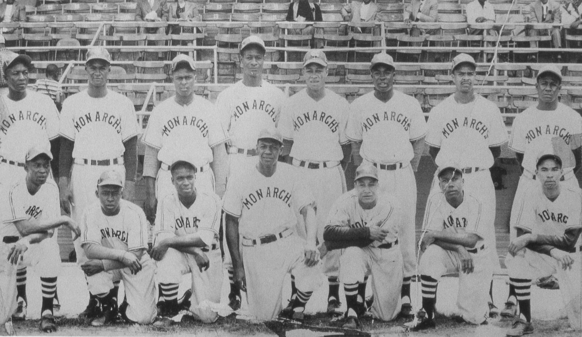 the 1949 Kansas City Monarchs. Buck O'Neill is in the front row, middle. Elston Howard is in the back row, fourth from right. Photo: Mark Rucker/Transcendental Graphics, Getty Images