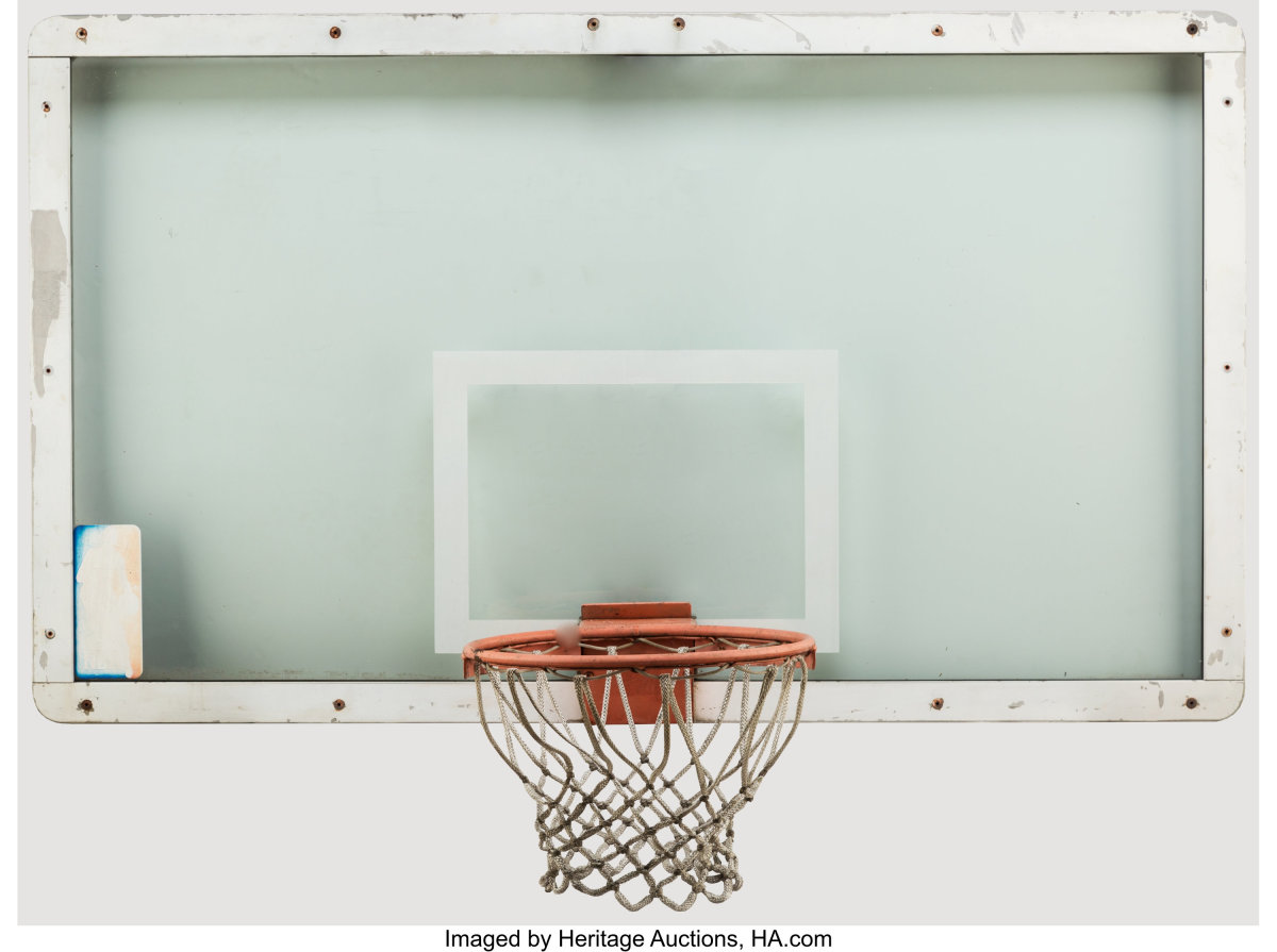 1989_Michael_Jordan_The_Shot_Hoop_Backboard_Historic Buzzer-Beater_at_Cleveland_Cavaliers_Heritage_Auctions