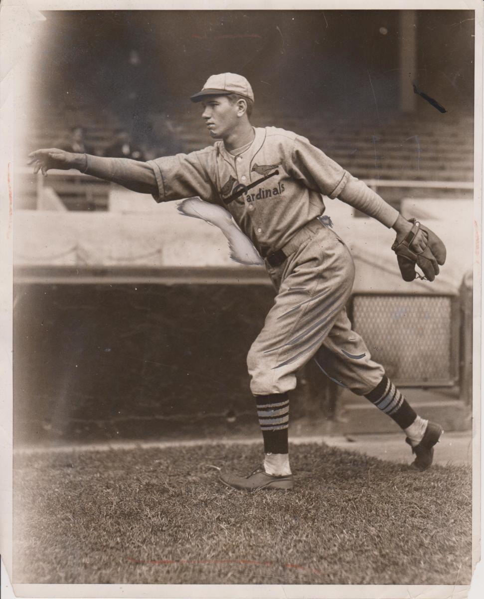 A rare photo of Dizzy Dean from a 1931 Acme Newspictures photo is up for bid in the Collectible Classics Oct. 28 auction.