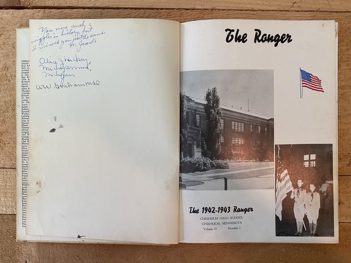 """Moonlight"" Graham's signature in The Ranger yearbook in 1943."