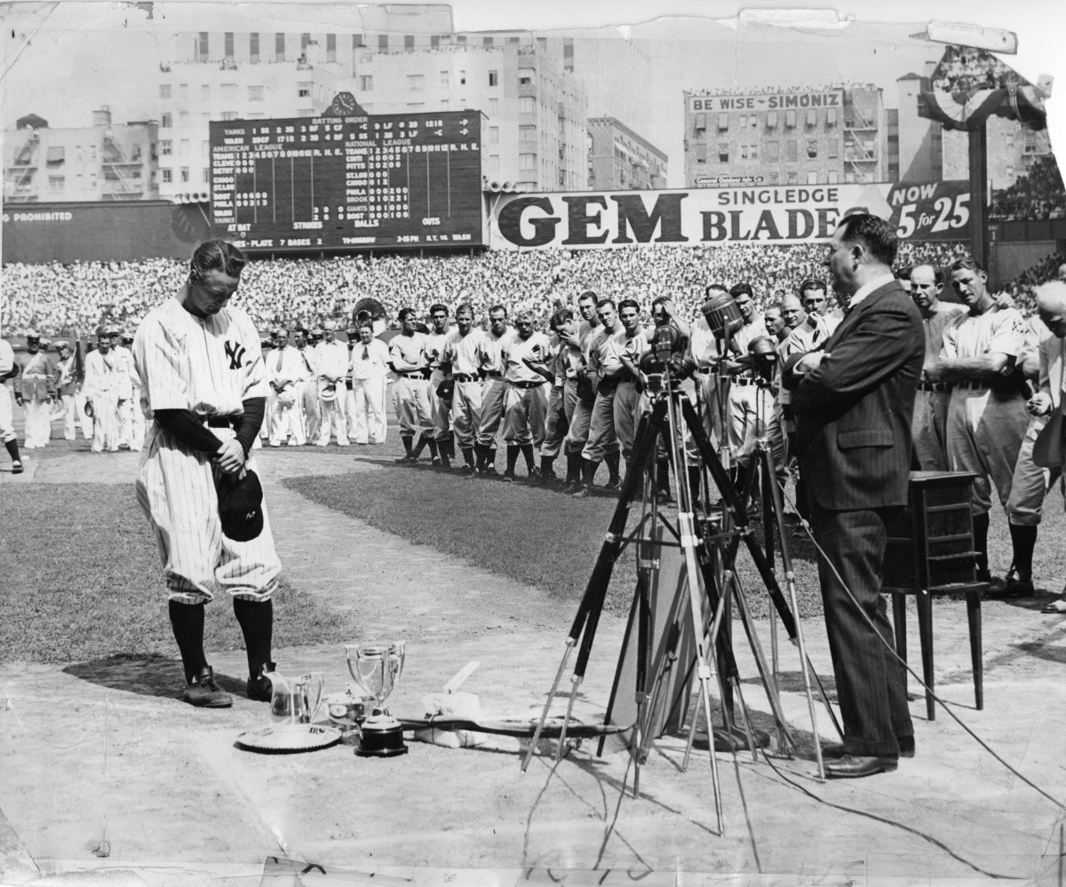 Lou Gehrig is honored at Yankee Stadium on July 4, 1939.