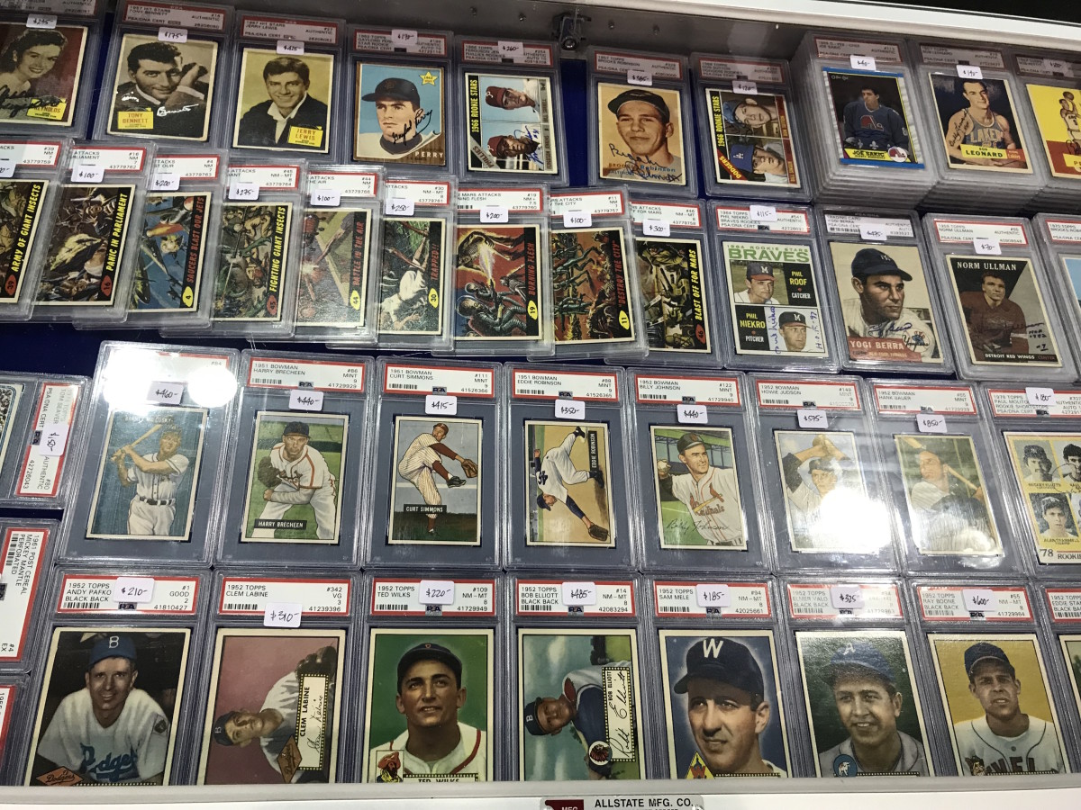 A collection of vintage cards at the 2019 National.