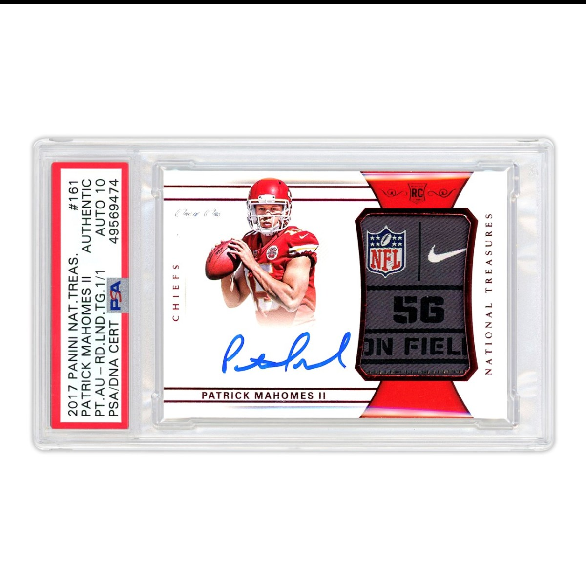 A 2017 National Treasures Patrick Mahomes 1/1 rookie card being offered to investors by Collectable